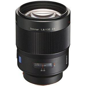 Lente Sony SAL 135mm f/1.8 ZEISS Sonnar T com Adaptador LA-EA1