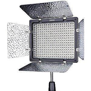 Iluminador LED Yongnuo YN-300 III com Carregador de Bateria