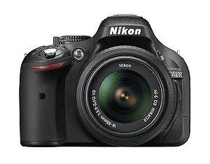 Câmera Nikon DX D5200 com Lente AF-S DX 18-55mm f/3.5-5.6G VR II