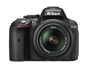 Câmera Nikon DX D5300 com Lente AF-P DX 18-55mm f/3.5-5.6G VR II