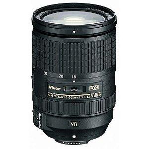Lente Nikkor AF-S DX 18-300mm f/3.5-5.6G ED VR