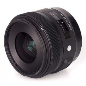 Lente Sigma DC 30mm f/1.4 HSM série ART para Canon