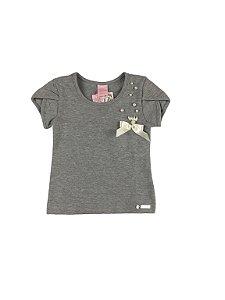 Camiseta com Pérolas Bordadas Caracoles