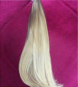 Cabelo loiro ultra claríssimo platinado Martha Hair nº 12, raíz escura, natural liso, com coloração (kit com 25g)