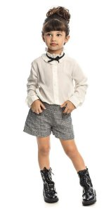 Conjunto Feminino Infantil Blusa  Branca e Shorts Xadrez Matinée