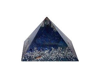 Pirâmide de Orgonite