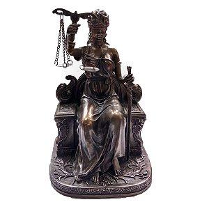 Estátua Deusa Justiça