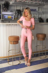 Calça com Barra Italiana rosa