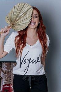 Blusa Vogue com manga princesa