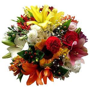Buquê com Mix de Flores Nobres Médio