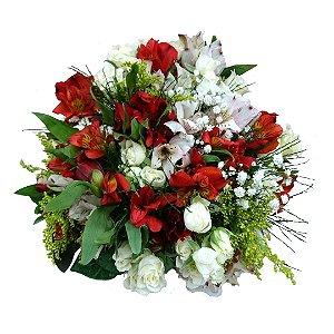 Buquê com Rosas Brancas Nacionais e Astromélias Variadas