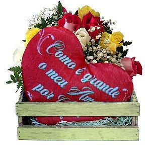 Cesta com Pelúcia Coração + 06 Rosas Coloridas