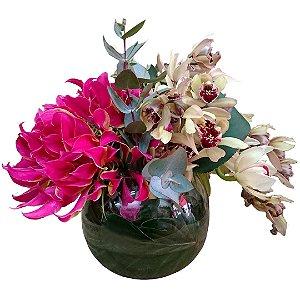 Arranjo Com Orquídeas no Vaso de Vidro