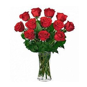 Arranjo com 12 Rosas Nacionais Vermelhas no Vidro Especial