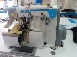 Máquina de Costura Overlock Industrial Jack E3-3-M2 Direct Drive 3 Fios