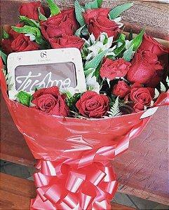 Buquê luxo com 24 Rosas importadas
