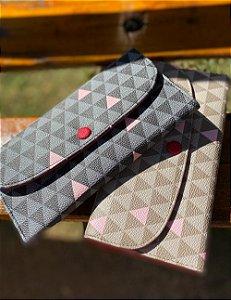 Carteira feminina Marina triangle preta e bege