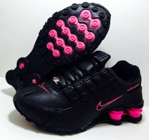 Tênis Nike Shox NZ 4 Molas Feminino Preto com Rosa Importado - Pronta Entrega