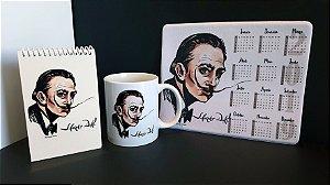 Combo Salvador Dalí - caneca 11 Oz, mouse pad com calendário 2019 e bloquinho de anotações