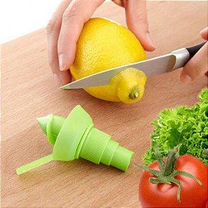 Spray para Transformar um Limão em um Pulverizador de Salada