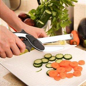 Tesoura de Cozinha Clever Cutter 2 Em 1