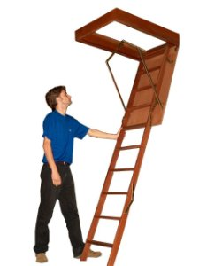 Escada para Sótão Madeira 2,45m 58cm x 117cm -- ( Vão no teto 60cm x 119cm ) --