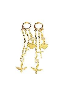 Brinco argola click tripla divino espirito santo, cruz e coração divindade banhado a ouro 18k