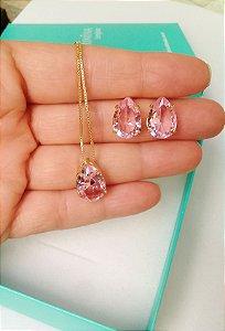 Conjunto colar e brincos gota rosa cristal banhado em ouro 18k