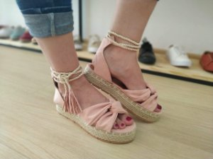 Sandália Salto Baixo Feminino