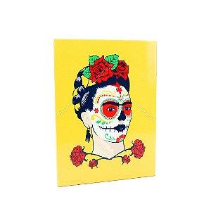 Placa de Metal Decorativa Frida Kahlo Flores e Face Amarela