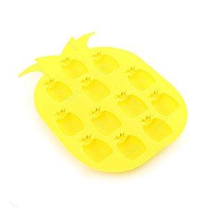 Forma de Silicone para Gelo Formato Abacaxi Amarelo Claro