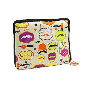 "Case para Tablet Zíper 10"" Mustache"