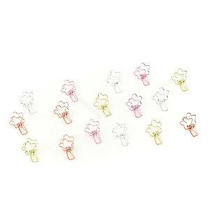 Prendedores Metálicos com Caixa Flor