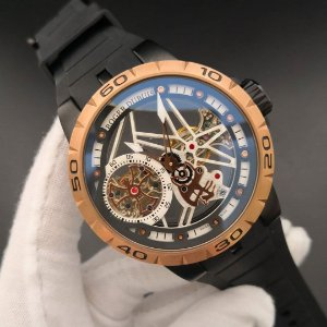 ROGER DUBUIS [GENEVE] - YT7ZAWR98