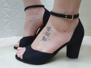 Sandália salto grosso vizzano preto camurça 6262206