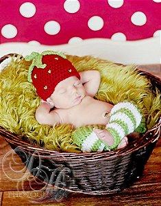 Newborn Menina Moranguinho