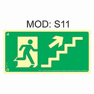 Placa Fotoluminescente S11 12x24cm Saída de Emergência Sobe a Escada a Direita Orientação de Salvamento e Segurança Rota de Fuga Imprefix