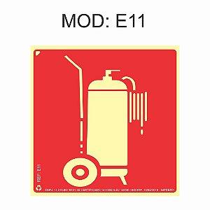 Placa Fotoluminescente E11 Extintor De Incêndio Tipo Carreta 20x20cm Sinalização para Equipamentos Imprefix