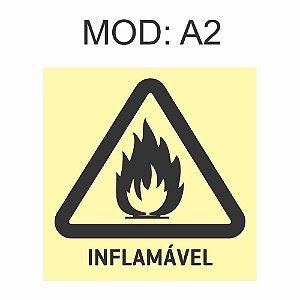 Placa Fotoluminescente A2 Risco de Incêndio 20x20cm Sinalização Alerta Geral Rota de Fuga Imprefix