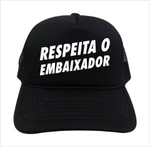 Boné Respeita O Embaixador Gustavo Lima
