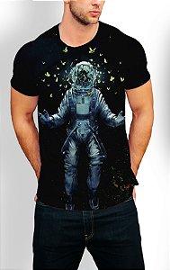 Camiseta Longline Estampa Full Astronauta