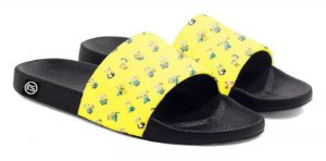 Chinelo Slide Minions Amarelo