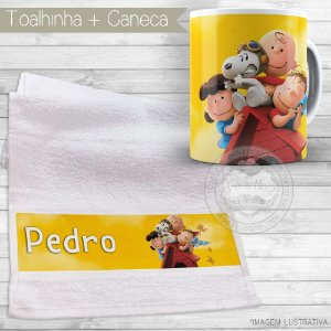 Kit toalhinha e caneca personalizada tema Snoopy