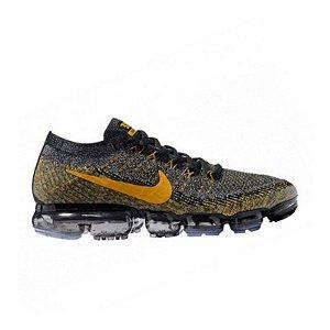Tênis Nike Air Max VaporMax Flyknit - Preto e Dourado