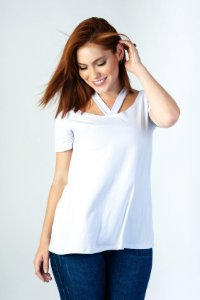 Camiseta Feminina Madô Branca em Evasê
