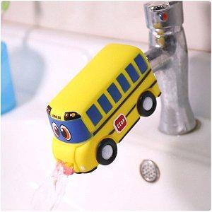 Extensor de torneira ônibus feliz