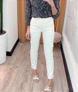 Calça Satin Cor Branco Com Bolso Utilitário Fashion