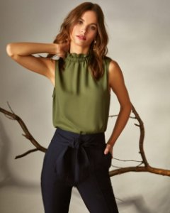 Blusa Crepe Regata Pregas Verde Unique Chic