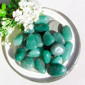 Pedra Quartzo Verde Rolada 100g