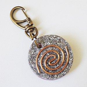 Chaveiro Orgonite Com Espiral em Cobre